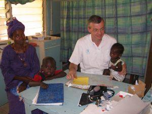 Gambia arzt jarrol